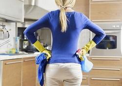 Убираем ненужные вещи на кухне