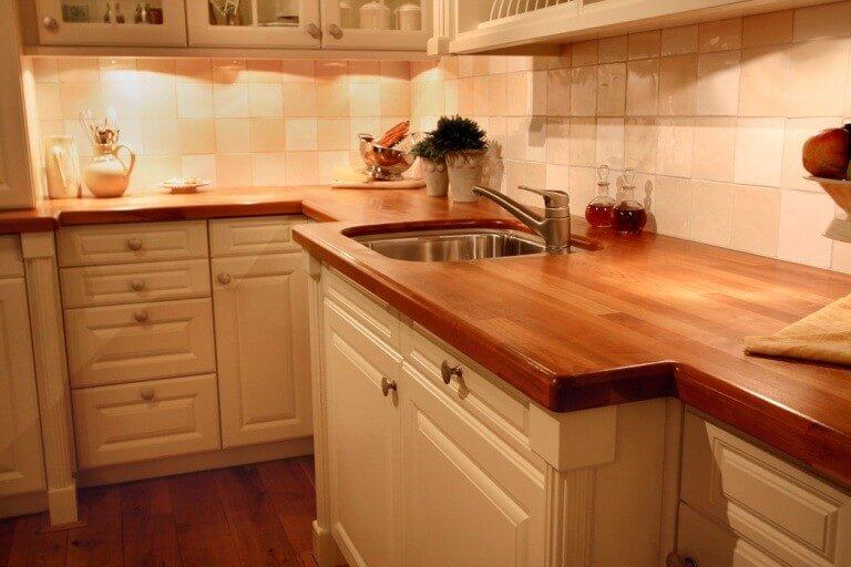 Чистка деревянной мебели самостоятельно