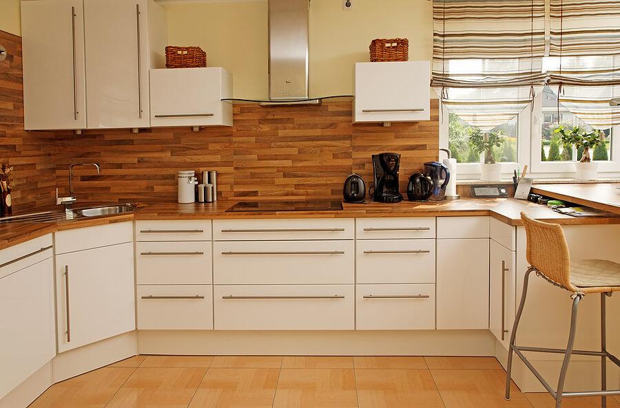 Как чистить деревянную мебель