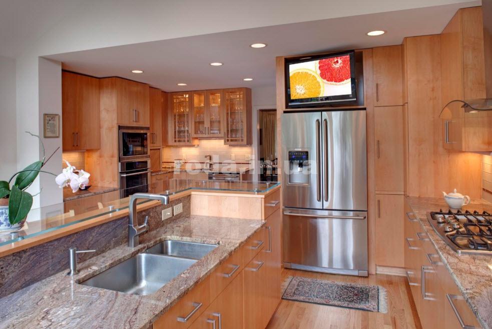 Холодильник красиво и практично
