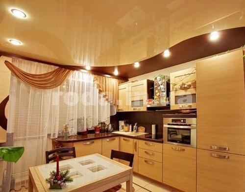Комбинированые потолки на кухне