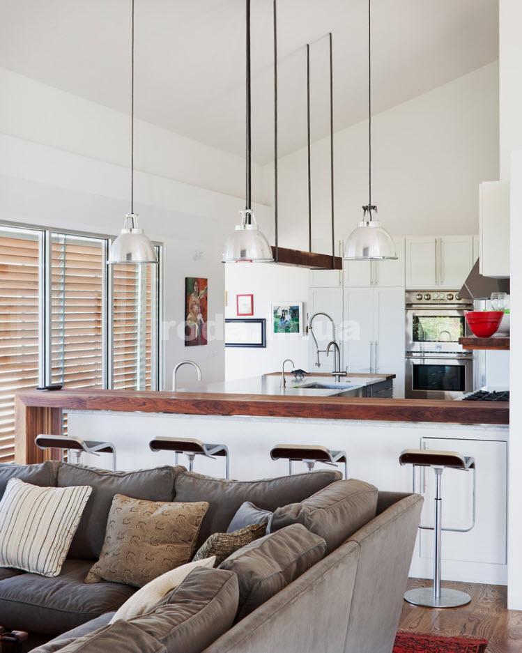 Красивая кухня совмещенная с гостиной