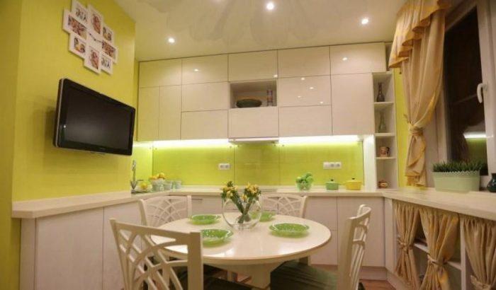 кухня под потолок-идеи