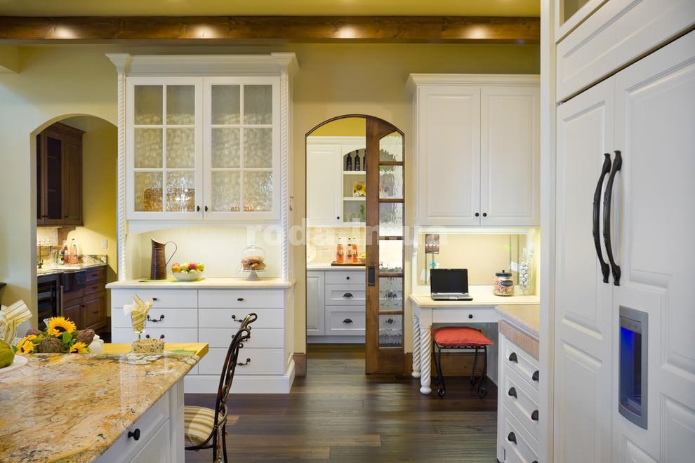 Особенная кухня с аркой