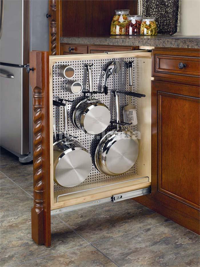 Выдвижная полка для кухонной утвари