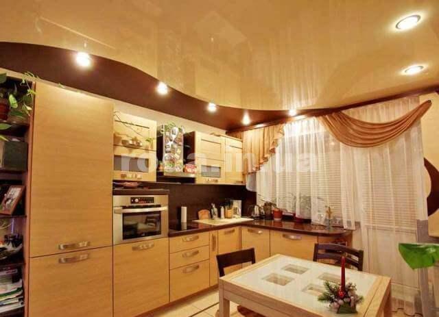 Кухня с натяжными потолками интересные идеи