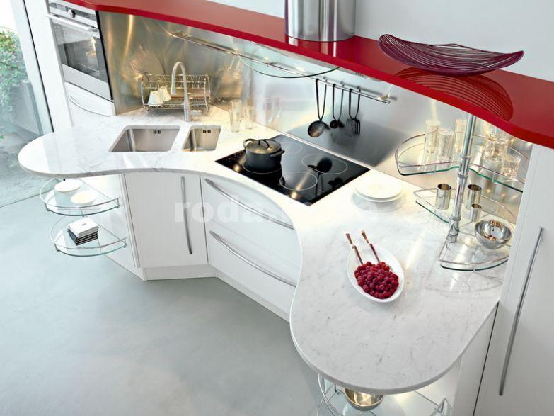 Необычные формы на кухне