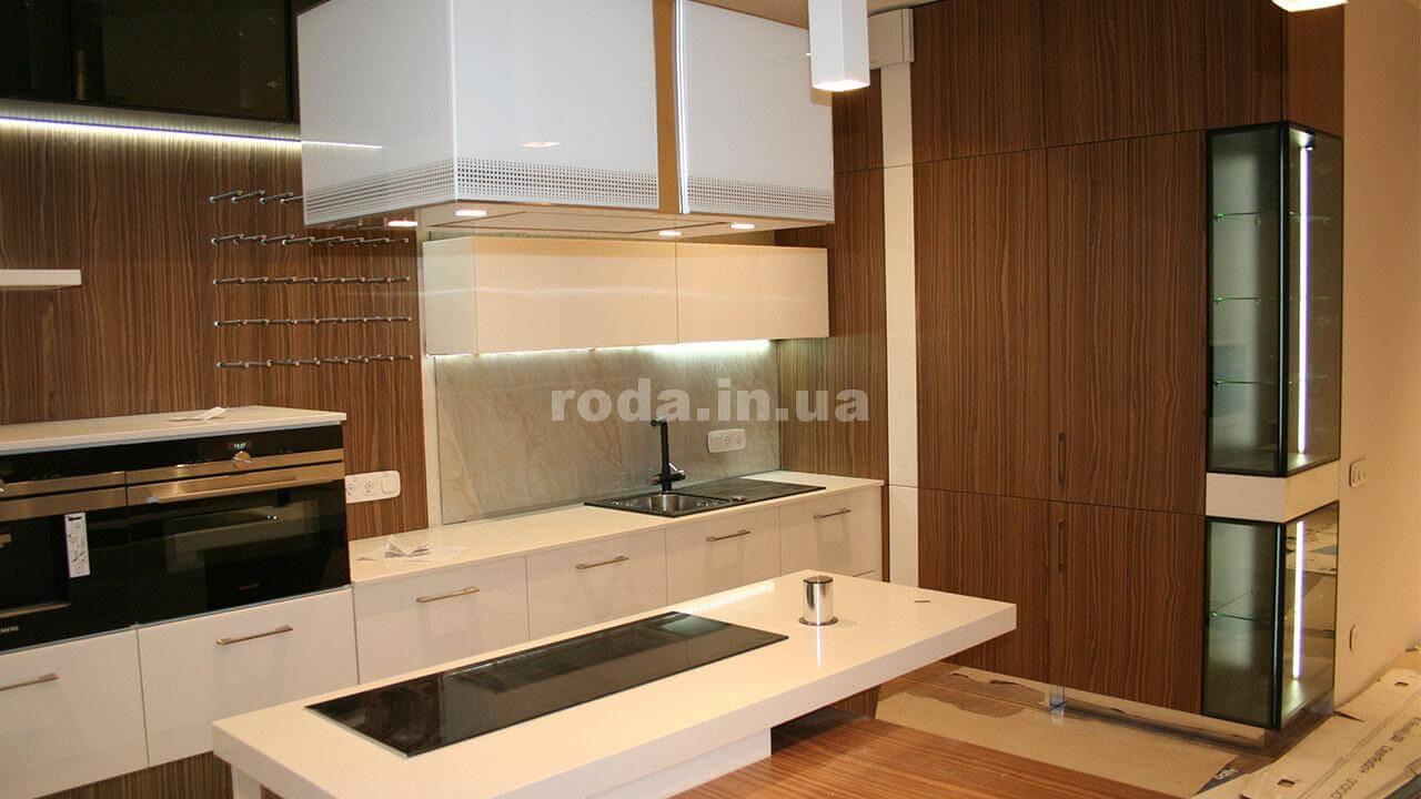 Современная кухня от Roda